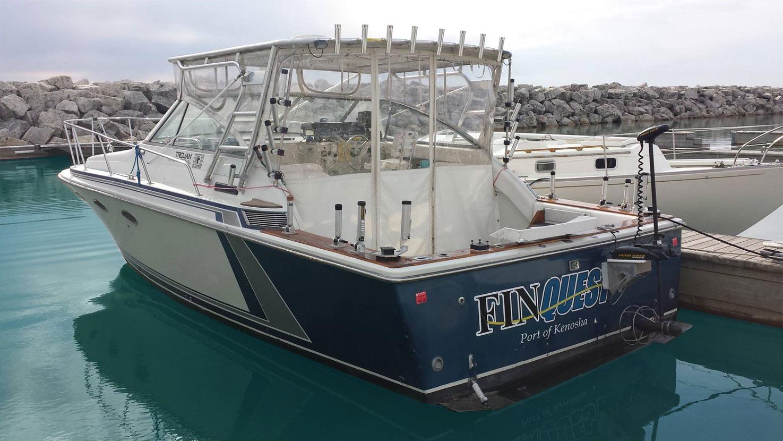 Salmon charter fishing lake michigan finquest sportfishing for Lake michigan fishing